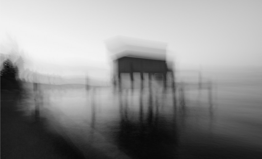 blurred-lake2